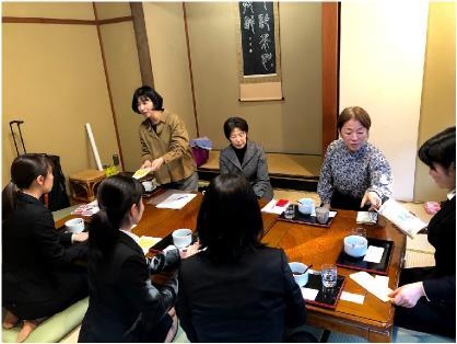 福島工業高等専門学校の学生との茶話会写真